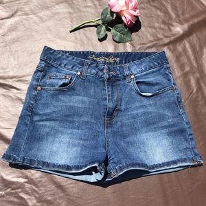 American rag juniors shorts blue size 9